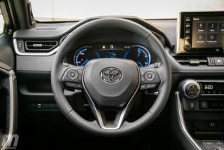 Fotos comparativa Toyota RAV4 vs Honda CR-V Hybrid - Miniatura 164