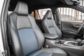 Fotos comparativa Toyota RAV4 vs Honda CR-V Hybrid - Miniatura 181