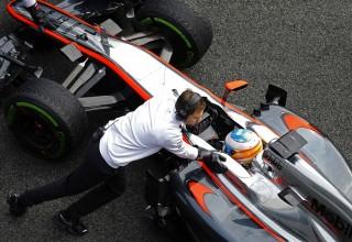 Foto 2 - Fotos de los test de Jerez F1 2015 día 3