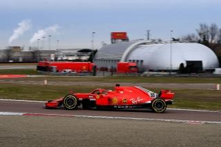 Las fotos del debut de Carlos Sainz con Ferrari en Fiorano Foto 2