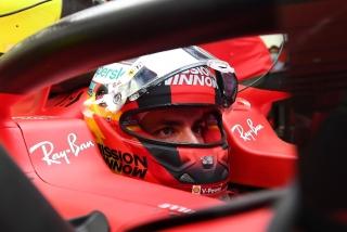 Las fotos del debut de Carlos Sainz con el Ferrari SF21 - Miniatura 7
