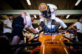 Foto 3 - Fotos debut Carlos Sainz McLaren F1 2018