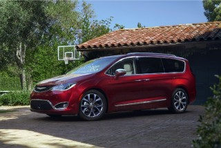 Fotos del Chrysler Pacifica 2017 Foto 1