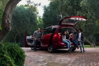 Fotos del Chrysler Pacifica 2017 - Miniatura 7