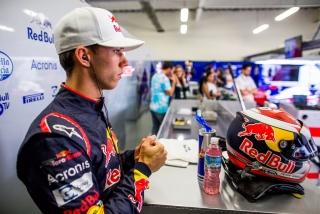 Fotos Pierre Gasly F1 2017 Foto 48