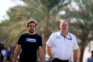 Fotos Fernando Alonso test Bahrein Toyota LMP1 - Foto 6