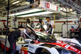Fotos Fernando Alonso test Bahrein Toyota LMP1 - Foto 1