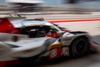 Fotos Fernando Alonso test Bahrein Toyota LMP1 - Foto 2