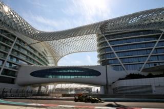 Las fotos del test de Fernando Alonso en Abu Dhabi - Miniatura 17