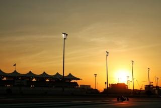 Las fotos del test de Fernando Alonso en Abu Dhabi - Miniatura 24