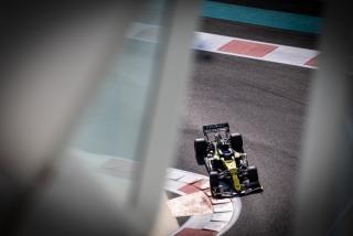 Las fotos del test de Fernando Alonso en Abu Dhabi - Miniatura 26