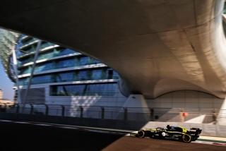 Las fotos del test de Fernando Alonso en Abu Dhabi - Miniatura 27