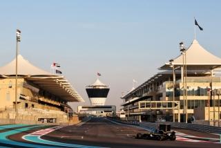 Las fotos del test de Fernando Alonso en Abu Dhabi - Miniatura 35