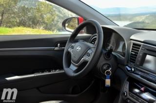 Fotos Hyundai Elantra 2016 Foto 23