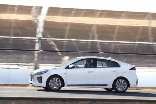 Fotos Hyundai Ioniq Hybrid - Miniatura 20