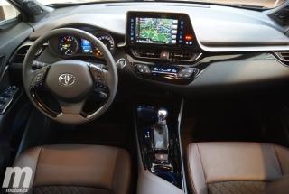 Foto 1 - Fotos interior Toyota C-HR