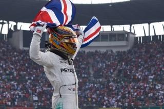 Fotos Lewis Hamilton Campeón del Mundo F1 2017 Foto 1