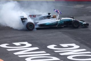 Fotos Lewis Hamilton Campeón del Mundo F1 2017 Foto 3