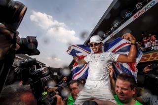 Fotos Lewis Hamilton Campeón del Mundo F1 2017 Foto 19