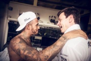 Fotos Lewis Hamilton Campeón del Mundo F1 2017 Foto 25