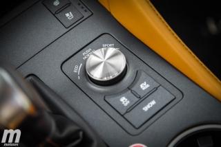 Lexus RC 300h 2019 Luxury Foto 24