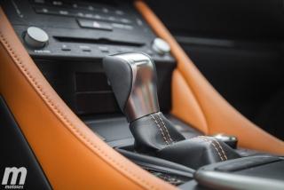 Lexus RC 300h 2019 Luxury Foto 31