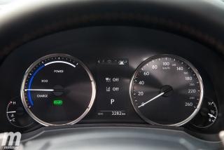Lexus RC 300h 2019 Luxury Foto 42