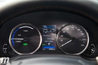 Lexus RC 300h 2019 Luxury Foto 44