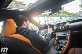 Lexus RC 300h 2019 Luxury Foto 77