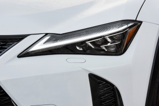 Foto 3 - Fotos Lexus UX 2019