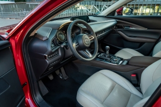 Fotos Mazda CX-30 Foto 194
