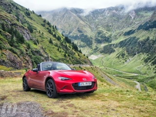 Foto 1 - Fotos Mazda MX-5 2019
