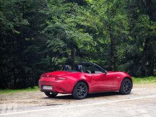 Fotos Mazda MX-5 2019 Foto 10