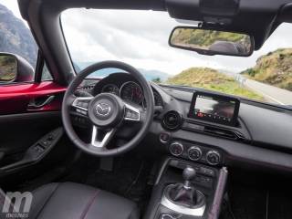 Fotos Mazda MX-5 2019 Foto 24