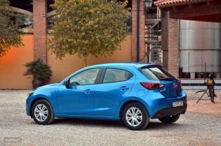 Fotos Mazda2 2015 Foto 8