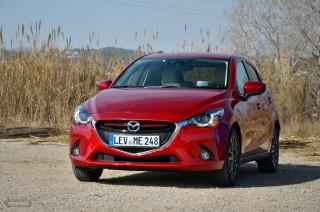 Fotos Mazda2 2015 Foto 11