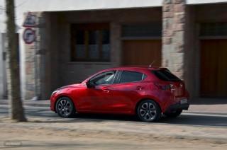 Fotos Mazda2 2015 Foto 30