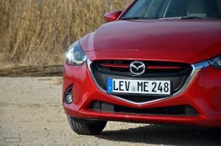 Fotos Mazda2 2015 Foto 40