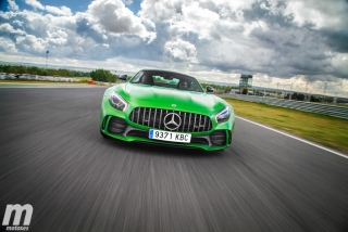 Fotos Mercedes-AMG GT R - Miniatura 31