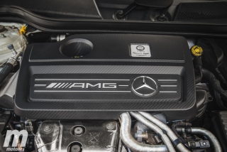 Fotos Mercedes-AMG CLA 45 4MATIC Coupé Foto 34