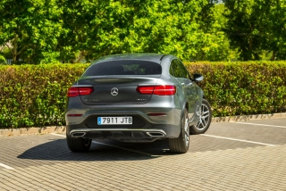 Fotos Mercedes GLC 220 d 4MATIC Coupé Foto 25