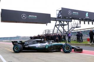 Foto 2 - Fotos Mercedes W09 F1 2018