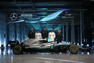 Foto 1 - Fotos Mercedes W09 F1 2018