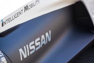 Fotos Nissan BladeGlider Foto 46