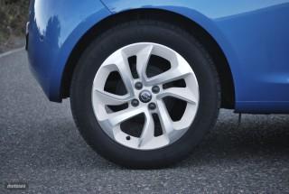 Fotos Opel Adam 1.4 87cv Foto 16
