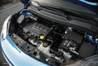 Fotos Opel Adam 1.4 87cv Foto 26