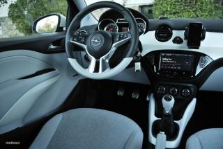Fotos Opel Adam 1.4 87cv Foto 35