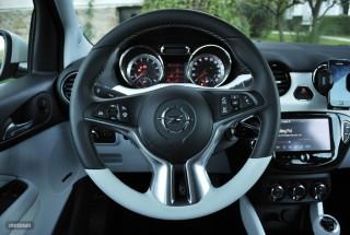 Fotos Opel Adam 1.4 87cv Foto 40