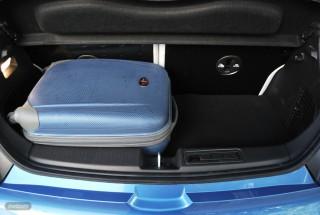 Fotos Opel Adam 1.4 87cv Foto 55