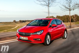 Foto 2 - Fotos Opel Astra 2016